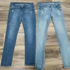 Rue21 skinny jeans In good condition with no signs of wear other than 1 light small stain pictured in last photo on lower front left leg of light colored jeans size 7/8 long and darker pair is 7/8 regular Rue 21 Jeans Skinny