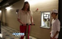 Video: Justin Bieber and Missy Franklin Private Meeting! Backstage!