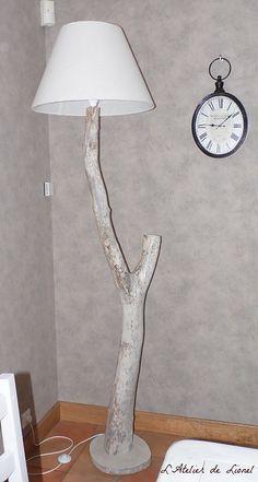 Lampadaire en bois flotté - L'Atelier de Lionel