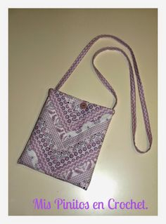 MIS PINITOS EN CROCHET.: BOLSO BANDOLERA. Bags, Fashion, Handbags, Fashion Styles, Fasion, Lv Bags, Purse, Fashion Illustrations, Purses