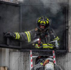 Firefighter Apparel, Firefighter Training, Volunteer Firefighter, Motivational Pictures, Hot Shots, Firefighting, Fire Department, Ems, Police