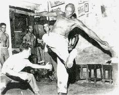 Mestre Bimba e a Capoeira Regional.