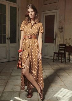 Ideas For Clothes Fashion Style Stylists Poses Modelo, Peter Pan Collar Dress, Summer Outfits, Summer Dresses, Dress Collection, Spring Collection, Cotton Dresses, Fashion Dresses, Fashion Clothes