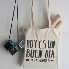 "Image of Bolsa tela ""Hoy es un buen día para sonreír"" http://mrwonderfulshop.bigcartel.com/product/bolsa-tela-hoy-es-un-buen-dia-para-sonreir#"