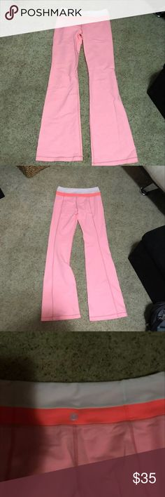 Like New! Lululemon athletica Pants Only worn once! Excellent condition, no flaws. lululemon athletica Pants Boot Cut & Flare