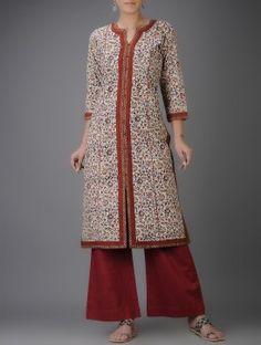Ivory-Maroon Kalamkari-printed Front Slit Cotton Kurta Neckline Designs, Dress Neck Designs, Blouse Designs, Churidar Designs, Kurta Designs Women, Kurta Patterns, Dress Patterns, Kalamkari Dresses, Kalamkari Kurti