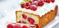 Just in time for summer, National Raspberry Cake Day is here. How about a lava cake with raspberries? Check out some of our favorite raspberry recipes. Raspberry Desserts, Raspberry Cake, Healthy Desserts, Fun Desserts, Dessert Recipes, Dessert Food, Healthy Foods, Food Cakes, Lemon Bread