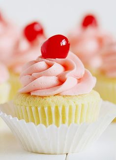 Mmmm, Sweet Cherry and Lime Cupcakes http://iambaker.net/cherry-limeade-cupcakes/