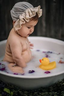 Novalee& First Milk Bath Flower Sitter Session at 6 months old by Morning Owl Fine Art Photography San Diego, CA Milk Bath Photos, Bath Pictures, Milk Bath Photography, Art Photography, Summer Baby Photos, Baby Milk Bath, 1 Month Old Baby, Book Bebe, Baby Monat Für Monat