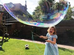 Soap Bubbles, Diy For Kids, Kids Playing, Activities For Kids, Have Fun, Pictures, Crafts, Scouting, Border Collie