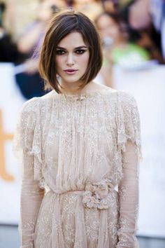 Keira Knightley angled bob for square faces  nice part, plus the way the endings appear to be inward