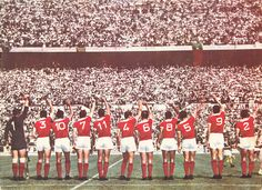 Benfica players wave to the fans before a home match in Sports Clubs, Basketball Court, Football, Collection, 1960s, Wave, Sign, Football Players, 1950s