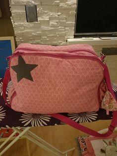 Neue wickeltasche