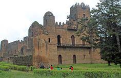 """Königliche Festungsanlage in Gondar: Die Burgen des """"Camelot Afrikas"""", der..."""