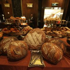 How to do the $100 brunch at the Waldorf-Astoria
