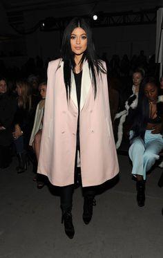 Pin for Later: Die Promis reissen sich um Hugo Boss Kylie Jenner Gesehen bei: 3.1 Phillip Lim