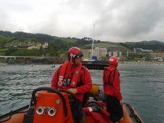 Cruz Roja del Mar Ondarroa (Asamblea Lea Artibai) colaborando con nuestros/as compañeros/as de Cruz Roja en Gipuzkoa; cobertura Triatlón en Deba.