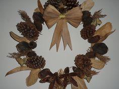 Guirlanda feita por mim, flores e folhas secas