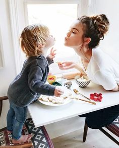 Mother and a boy. Mother and a boy. Cute Family, Baby Family, Family Goals, Family Kids, Mother Family, Mother Son, Mom And Baby, Mommy And Me, Baby Love