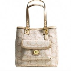 """FLASHSALE PENELOPE COACH PURSE """"Penelope Linen Signature Tote"""" Cream, tan with hint of gold shimmer/sparkle. Lots of room. Great organizing. Great gently used condition. OFFERS ARE ABSOLUTELY WELCOME. Reasonable please. Coach Bags Totes"""