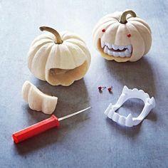 Pumpkin teeth - what a great idea! Finally found the teeth on ebay!
