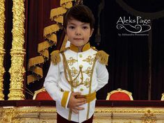 Prince Charming Costume Cinderella Cartoon Cosplay by AleksPage #prince #chraming #cinderella #cartoon #disney #disneyland #siut #gold #white #wedding #ring #bearer #cosplay #costume #outfit #outfits #clothing #crown #halloween #birthday #christmas #party #ideas #for #boy #ideas ##toddler #historycal #king #photo #prop #suit #royal