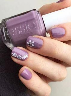 Nail art is a very popular trend these days and every woman you meet seems to have beautiful nails. It used to be that women would just go get a manicure or pedicure to get their nails trimmed and shaped with just a few coats of plain nail polish. Cute Spring Nails, Spring Nail Colors, Spring Nail Art, Summer Nails, Spring Art, Spring Drawing, Flower Nail Designs, Nail Designs Spring, Spring Design