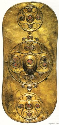 themagicfarawayttree:  The Battersea Shield was found in the area around Chelsea Bridge, London. Dated to 350 BC, it seems that an object this elaborate would belong to a member of the warrior elite or even a Celtic chief.