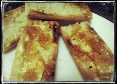 Tostadas con mermelada de mandarina y limón. Tahona Artesanal Gourmet Bilbao.