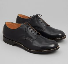 SERVICE SHOES, BLACK :: HICKOREE'S