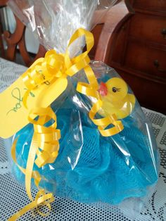 Rubber duck shower favor