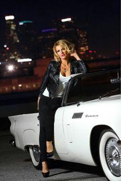 Courtney Hansen www.courtneyhansen.com