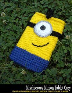 Mischievous Minion e-Reader & Tablet Cozy Knitting Pattern