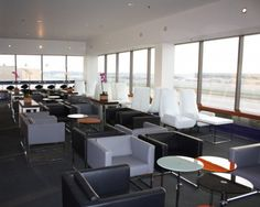 Los Angeles International Airport, reLAX Lounge. #Airport #AirportLounge #Amenities #Comfortable #Relaxing #LosAngeles