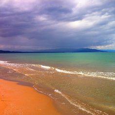 Aigua de color turquesa a les platges del delta ➖➖➖➖➖➖➖➖➖➖➖➖➖➖➖➖ paradise beach in delta de l\'Ebre