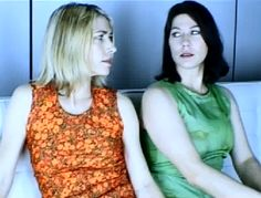 Community Post: Kim Deal And Kim Gordon Play Dance Dance Revolution Kim Gordon, Kim Deal, Divas, Dance Dance Revolution, Women Of Rock, Riot Grrrl, Women In Music, Punk Rock, Girl Crushes
