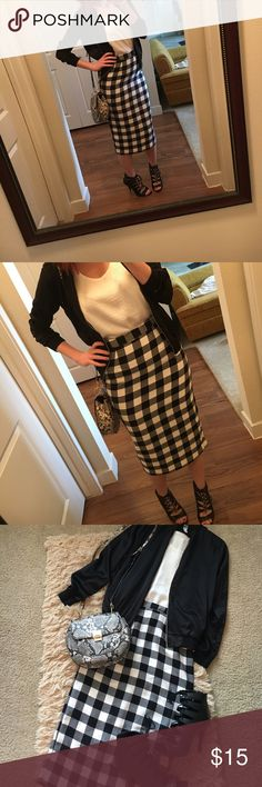 Who What Wear B/W Plaid Skirt NWT black & white plaid pencil skirt by Who What Wear! Size 2, fits like a 4 just tighter for me through the hips (my hips are a 6, waist is a 4). Brand new, never worn! Length goes past my knees. Slit & zipped back! Smoke free home. No trades please! Will consider offers & bundles! Who What Wear Skirts Pencil