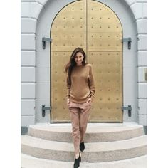 "159 Likes, 7 Comments - DANIELLE SIGGERUD (@daniellesiggerud) on Instagram: ""Do you recognize this brass door? #matchymatchy #copenhagen #door #texture #architecture…"""