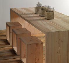 Carthago - Tavolo in legno - Vista laterale
