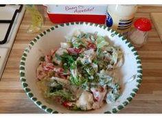 sałatka z rukoli i roszponki do obiadu: Przepisy, jak zrobić - Smaker.pl Potato Salad, Potatoes, Meat, Chicken, Ethnic Recipes, Food, Potato, Essen, Meals