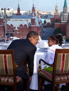 Russia, 2009 President Barack Obama and daughter Sasha Obama