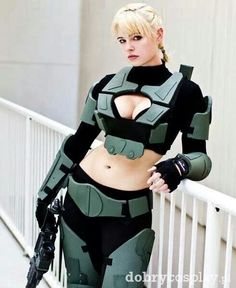 Halo Cosplay, love the idea, just a bit too much skin. Halo Cosplay, Epic Cosplay, Cosplay Girls, Cosplay Costumes, Awesome Cosplay, Halloween Costumes, What Is Cosplay, Pin Up Girls, Hot Girls