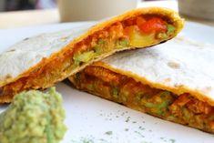 Wereldgerechten zonder pakje of zakje #15. Mexicaanse Quesadillas. - Quesadillas, Wraps, Tortilla, Burritos, Avocado Toast, Lunches, Food Inspiration, Tacos, Good Food