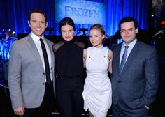 The cast of Frozen performed all the songs live last night? Whattttt