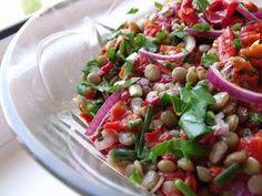 Salata de linte si ardei copti (lentil & roasted peppers salad), Rețetă Petitchef Roasted Peppers, Tzatziki, Lentils, Pasta Salad, Potato Salad, Potatoes, Stuffed Peppers, Ethnic Recipes, Food