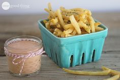 Basic Fry Sauce Recipe  Ingredients:  1 cup mayonnaise 1/2 cup ketchup (roughly a 2 to 1 ratio) 1/2 tsp onion powder 3 to 4 teaspoons pickle...