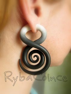 Amazing faux gages. Beautifully made http://www.etsy.com/listing/153457999/fake-ear-tentacle-gauge-faux-gaugegauge