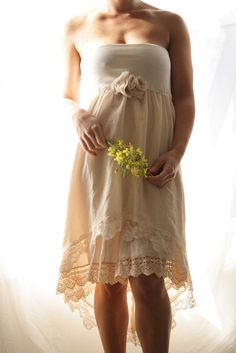 this is absolutely beautiful for a bridesmaid dress <3