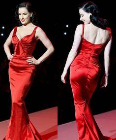 Dita Von Teese - Zac Posen gown