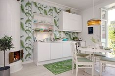Amazing Home design is actually really great because it use a Amazing theme where it can make our Home looks great. Check the latest Amazing Home design by reading (Scandinavian Dining Room Design Complete With The Perfect Kitchen) Apartment Kitchen, Kitchen Interior, Kitchen Decor, Small Apartment Decorating, Apartment Design, Küchen Design, House Design, Small Kitchen Makeovers, Colorful Apartment